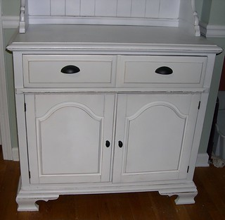 White Kitchen Hutch And Buffet