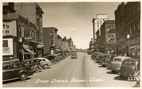 Boone, Iowa, Story Street, 1940s