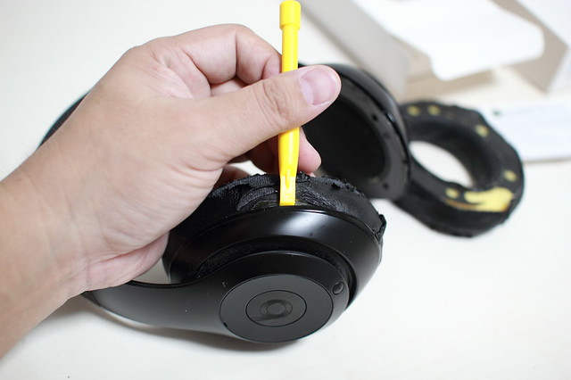 beats_studio_wireless_earpads_012