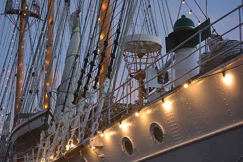 lights on the ship