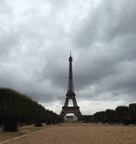 eiffel_tower_2016