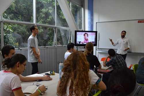 Taller: Construir un personaje a través del vestuario a partir de la caracterización para cine y video