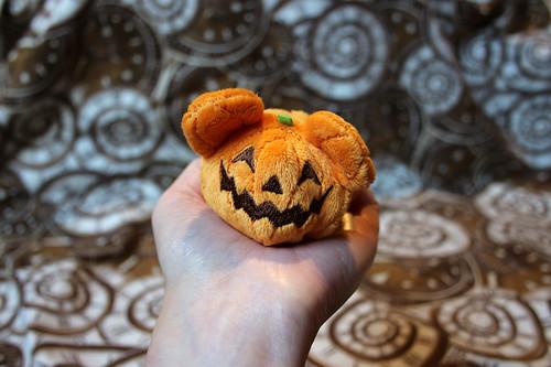 Iggletober day 3 - Disney (Halloween)