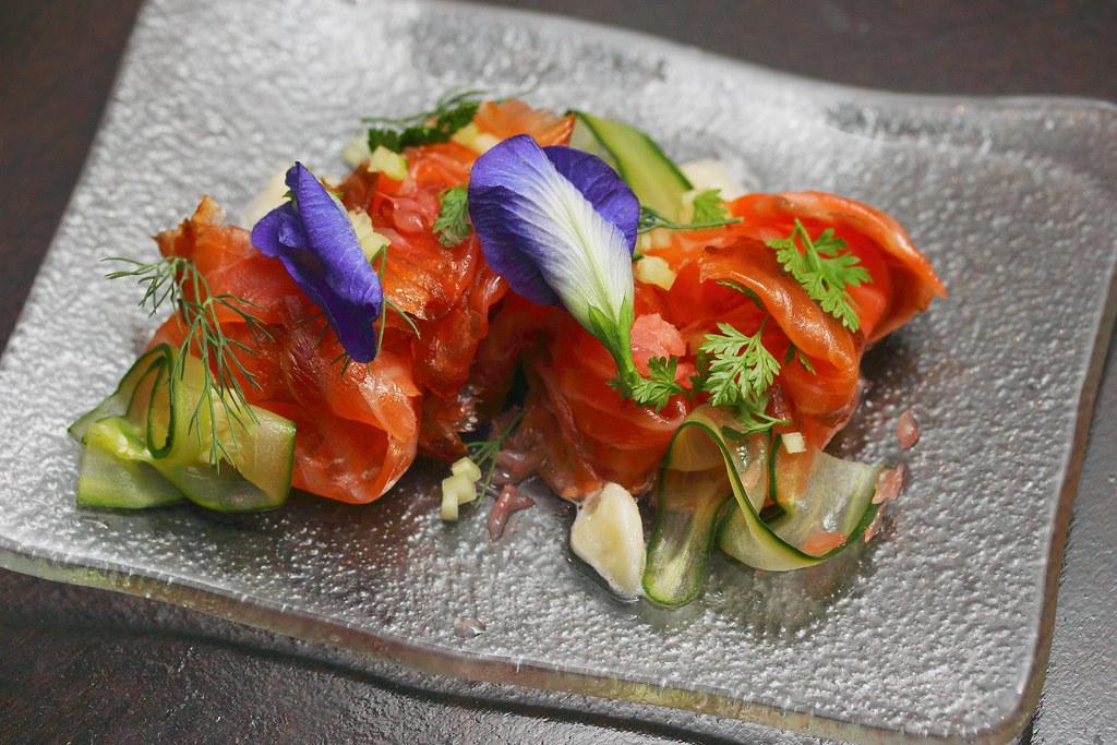 Best Lox Plate Jewish Food Restaurant In Newberry Park Ca