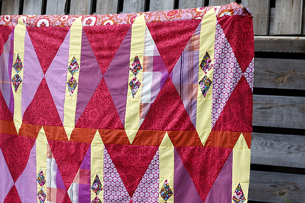 Cranberry Tart quilt top