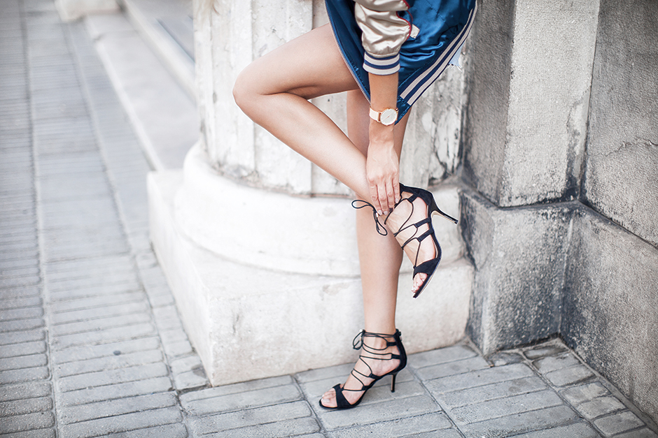 lace-up-heels-outfit-street-style