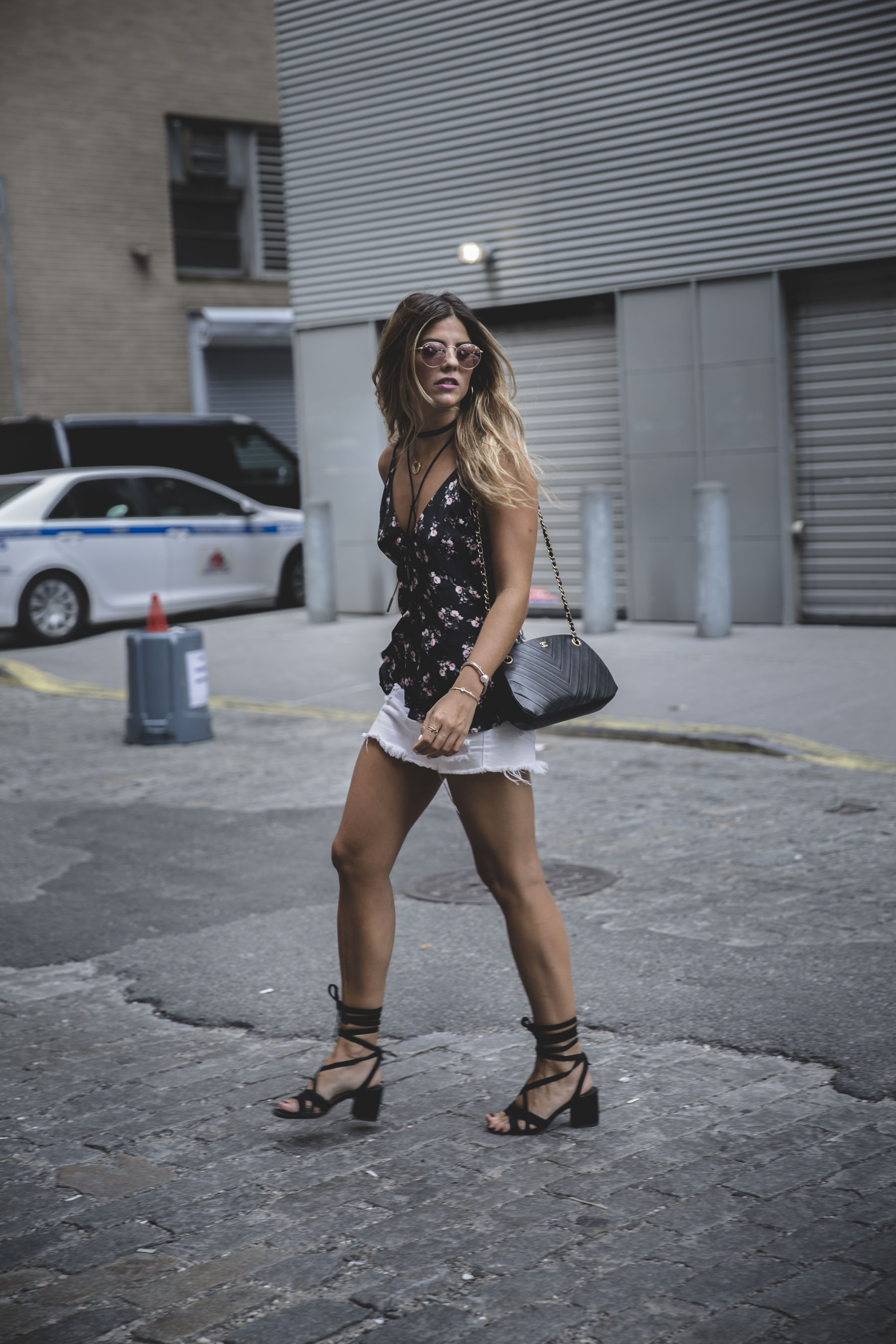 trendy-taste-look-outfit-nyfw-flores-top-shorts-uterque-levi's-jason-wu-1