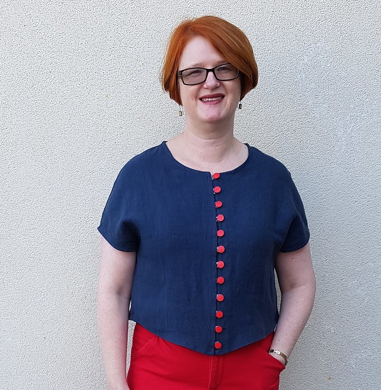 Tessuti Judy top in linen with Liberty rouleau button loops
