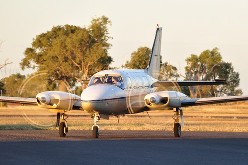 Advance Aviation Piper PA-31-350 VH-XLB Taxiing at Emerald Airport on 21/5/2012 | by CQ Plane Spotting