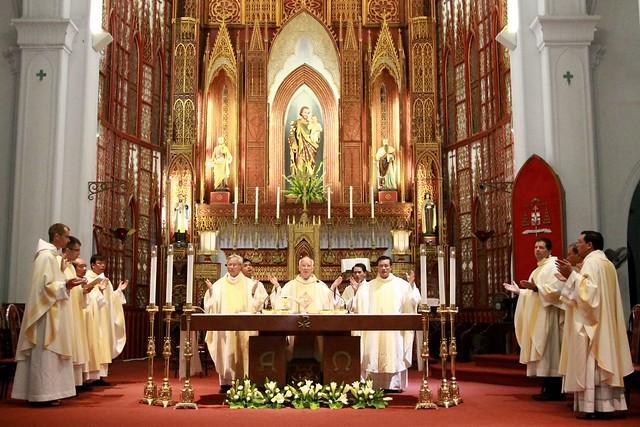 Tổng Giáo phận Hà Nội mừng lễ Đức Maria Hồn Xác Lên Trời