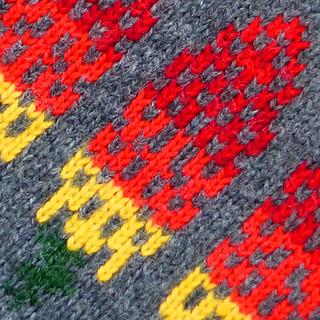 knitted kniphofia