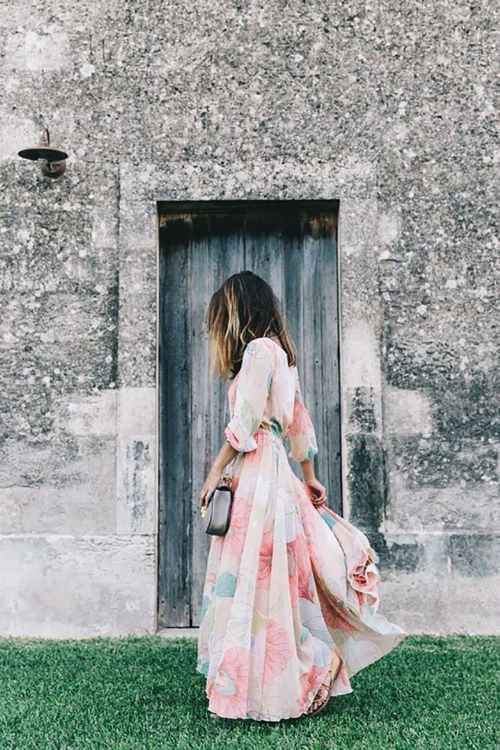 maxi dress with floral print inspiration street style fashion outfit summer autumn3