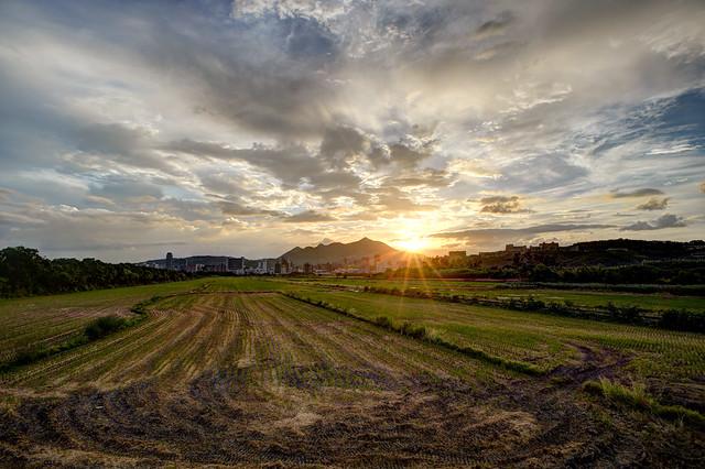 關渡平原與觀音山日落