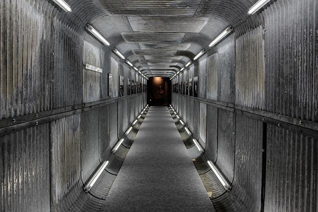 映画『BOLT』のためのトンネル