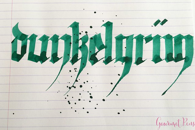 Ink Shot Review Pelikan 4001 Dark Green @deRoostwit 7
