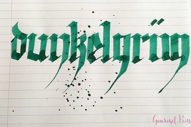 Ink Shot Review Pelikan 4001 Dark Green @deRoostwit 7