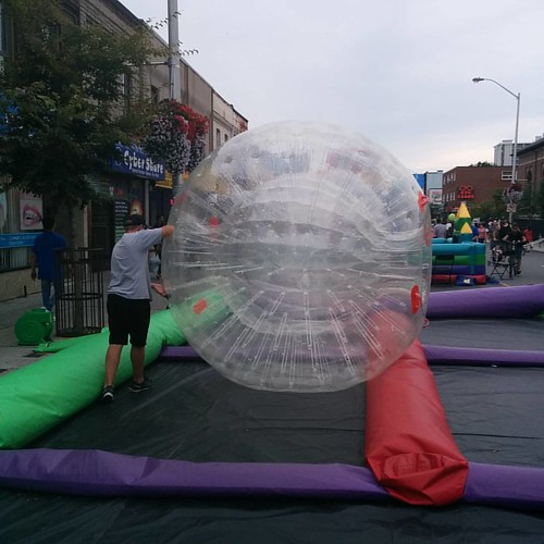 Moving the cell #toronto #bloorstreetwest #bloorcourt #bloorcourtfestival