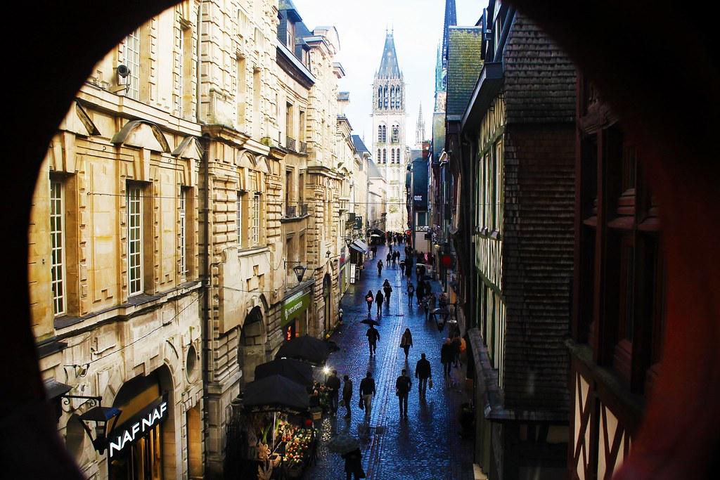 Drawing Dreaming - 10 coisas a fazer num dia em Rouen - Gros Horloge