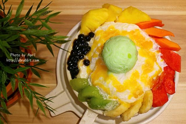 [台中]霜府手作–一中商圈附近的好吃雪花冰,還有手工豆花、嫩仙草、甜在心饅頭唷!@北區 一中街 太平路