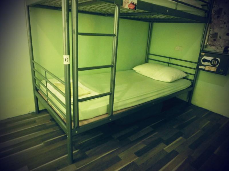 TaiwanIsland trips-Couchsurfing-17docintaipei (9)