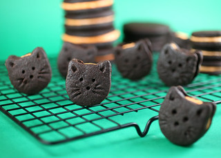 Kitty Cookies | by Bakerella