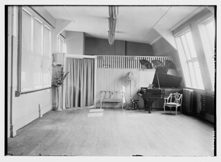 [unidentified parlor with piano -- Rasch Studio]  (LOC) | by The Library of Congress