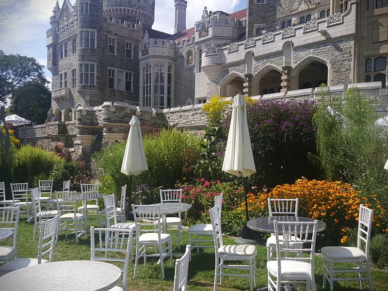 Casa Loma gardens