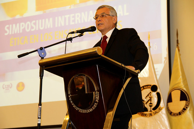 """Simposium Internacional """"Ética en los Ensayos Clínicos"""""""