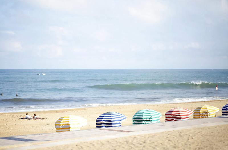 grande plage biarritz parasol