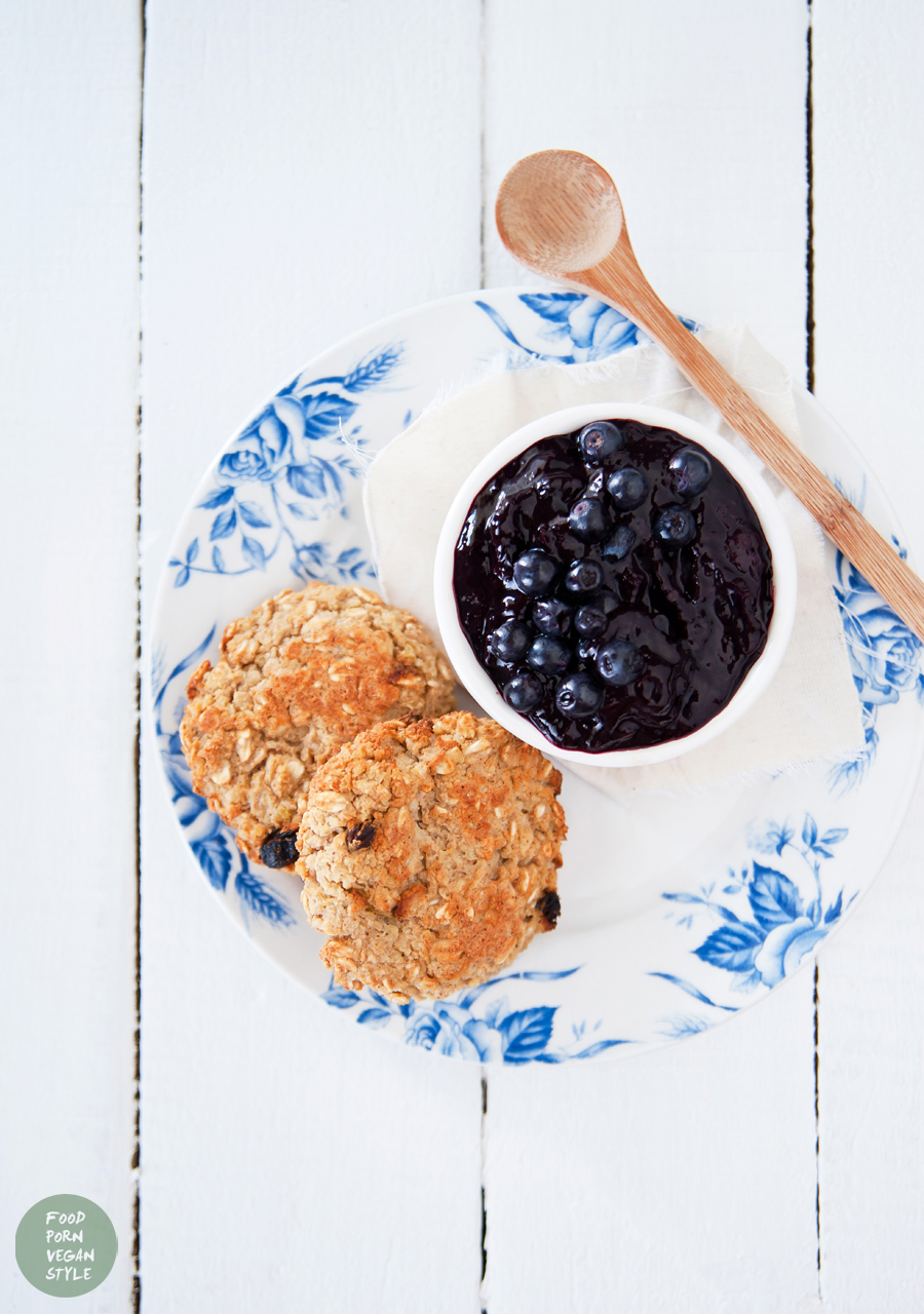 Blueberry marmalade with ginger