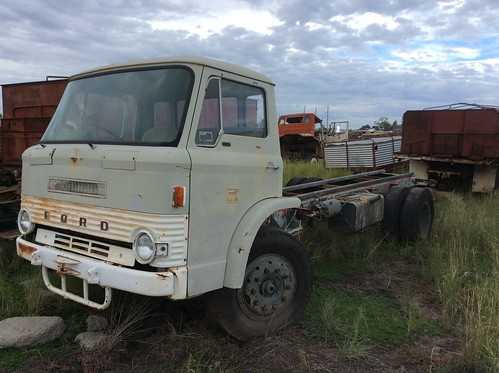 Ford-D-Series-Truck-2