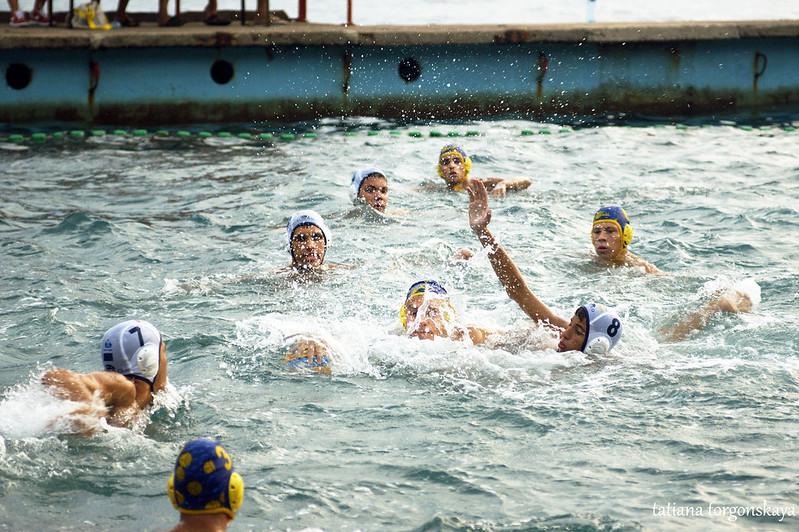 Матч по водному поло в Кумборе