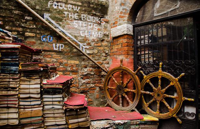 Libreria Acqua Alta - Venice