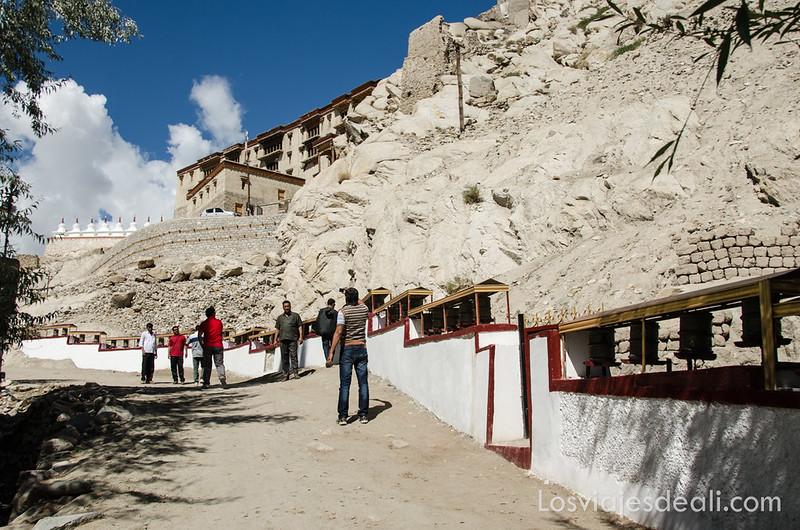 valle del indo subida al palacio Shey
