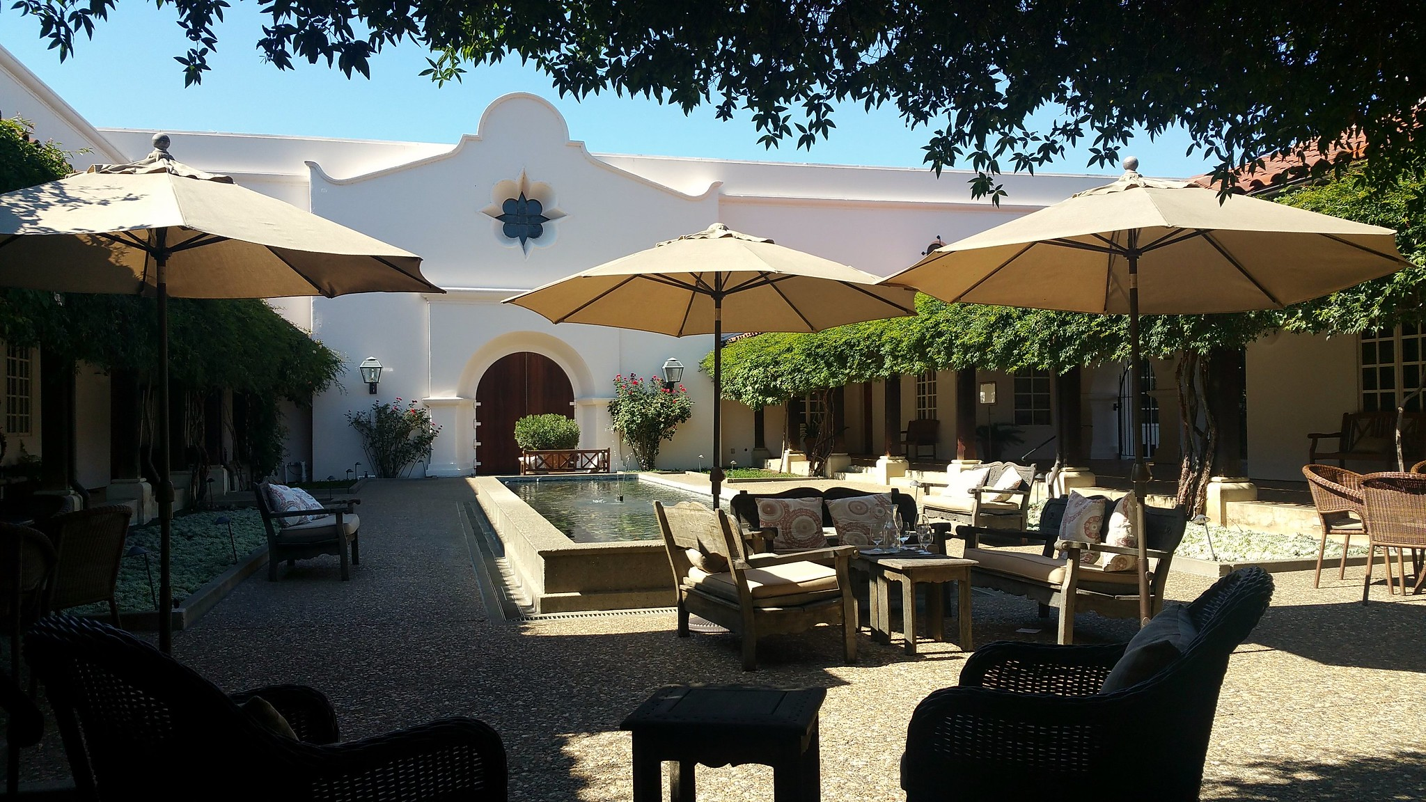 The courtyard at Michel Schlumberger