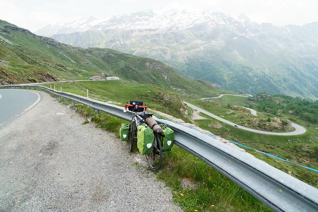 Abfahrt vom Bernina