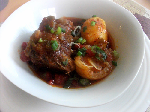 Braised Short Ribs, Potatoes and Onion