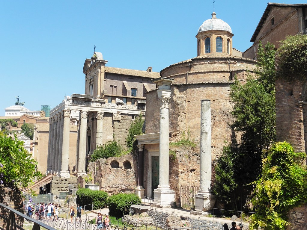 Architecture of The Roman Forum