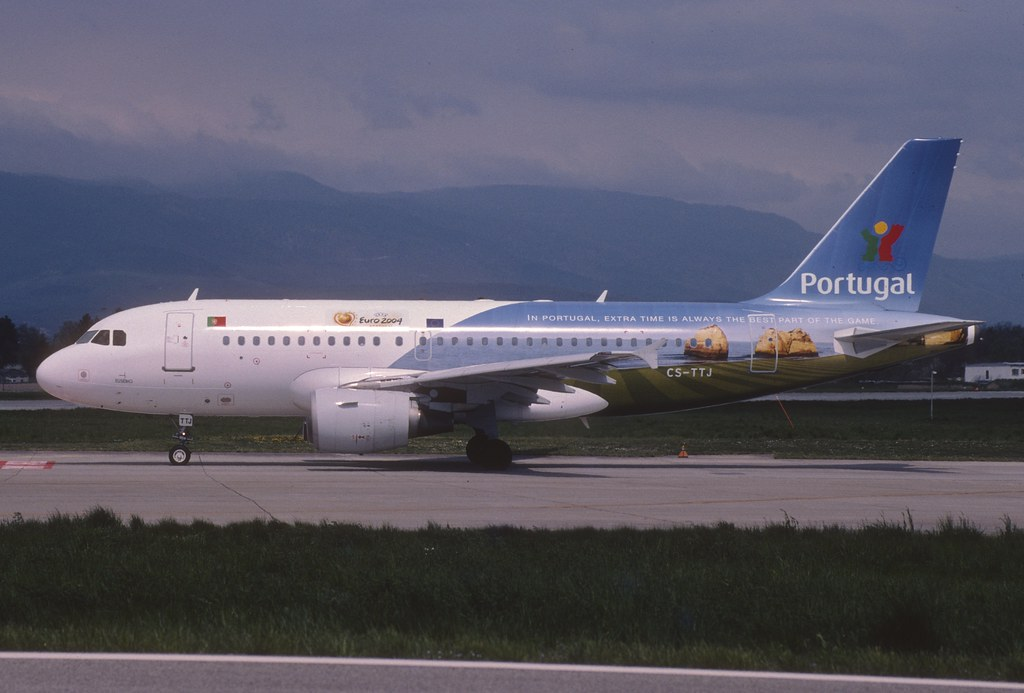 TAP Air Portugal Airbus A319-111; CS-TTJ, May 2004