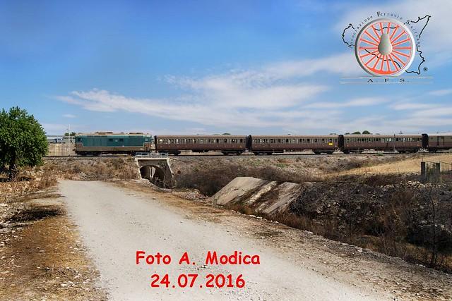 076 - Agosto 2016 - Il treno del Barocco 28633557695_d73bd627ab_z