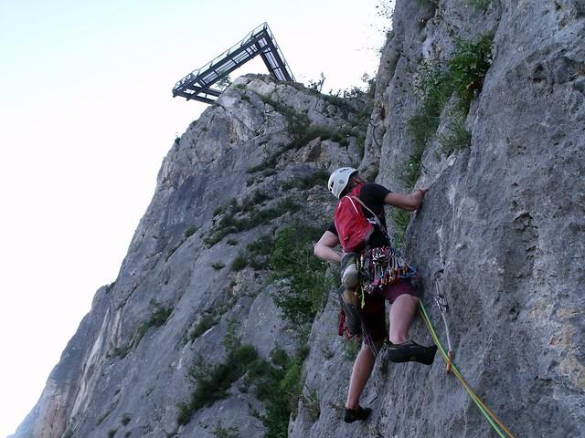 Hohe Wand Smokyjoki 97% trad. 235 m (6-)