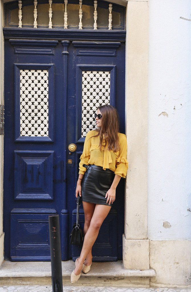 Jessie Chanes Seams for a desire Lisboa Parfois Mustard Ruffled Blouse Faux Leather Skirt-8