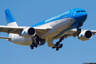Aerolineas Argentinas Airbus A330-202 cn 1737 F-WWCQ // LV-GHQ