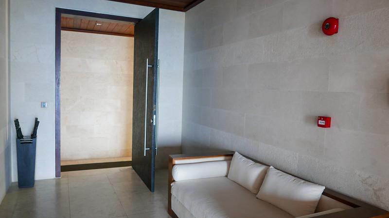 28313528455 9815f85945 c - REVIEW - The Edge, Uluwatu (Bali)
