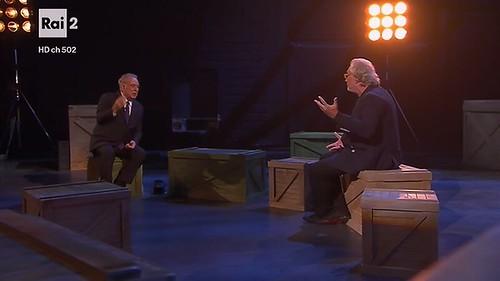Italia di Michele Santoro su Rai 2: ennesima dimostrazione che la Rai non trova una via nuova ai talk show di attualità e politica