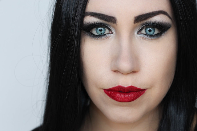 Morticia Addams Halloween Makeup Tutorial | Costume Gothic Scary Creepy