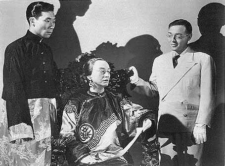 Philip Ahn, Pauline Frederick, Peter Lorre in THANK YOU, MR. MOTO