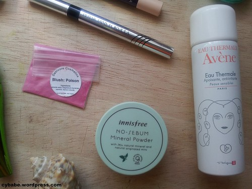 L-R: Detrivore Poison Blush, Innisfree No-Sebum Mineral Powder, Avene Eau Thermale