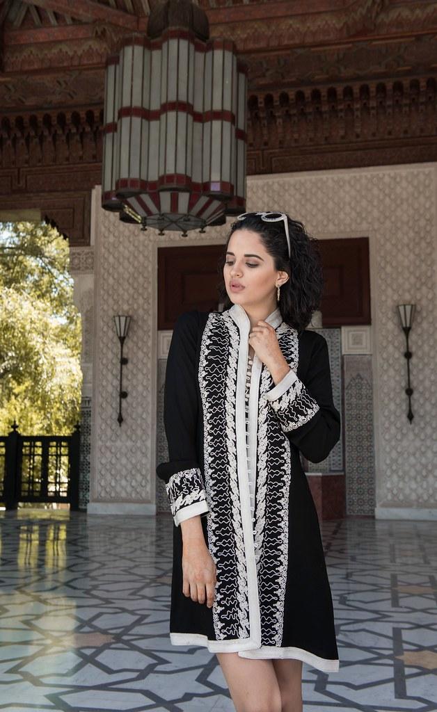 Traje de negro como el Ajuar de Ezbaide en Marruecos
