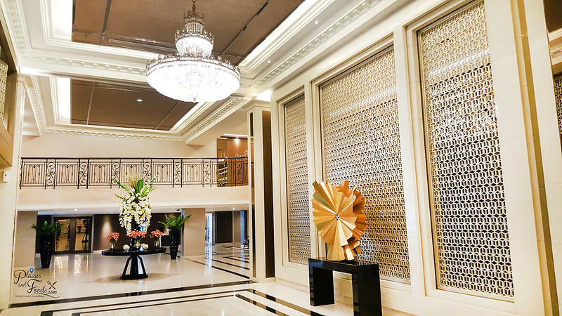 mandarin hotel bangkok lobby entrance